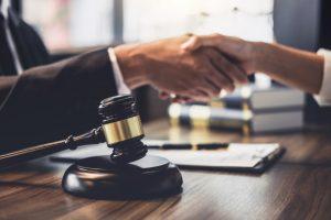 Solución en despacho de abogados