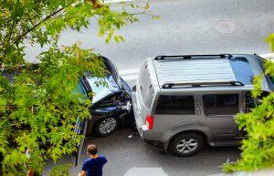 Choque entre vehículos